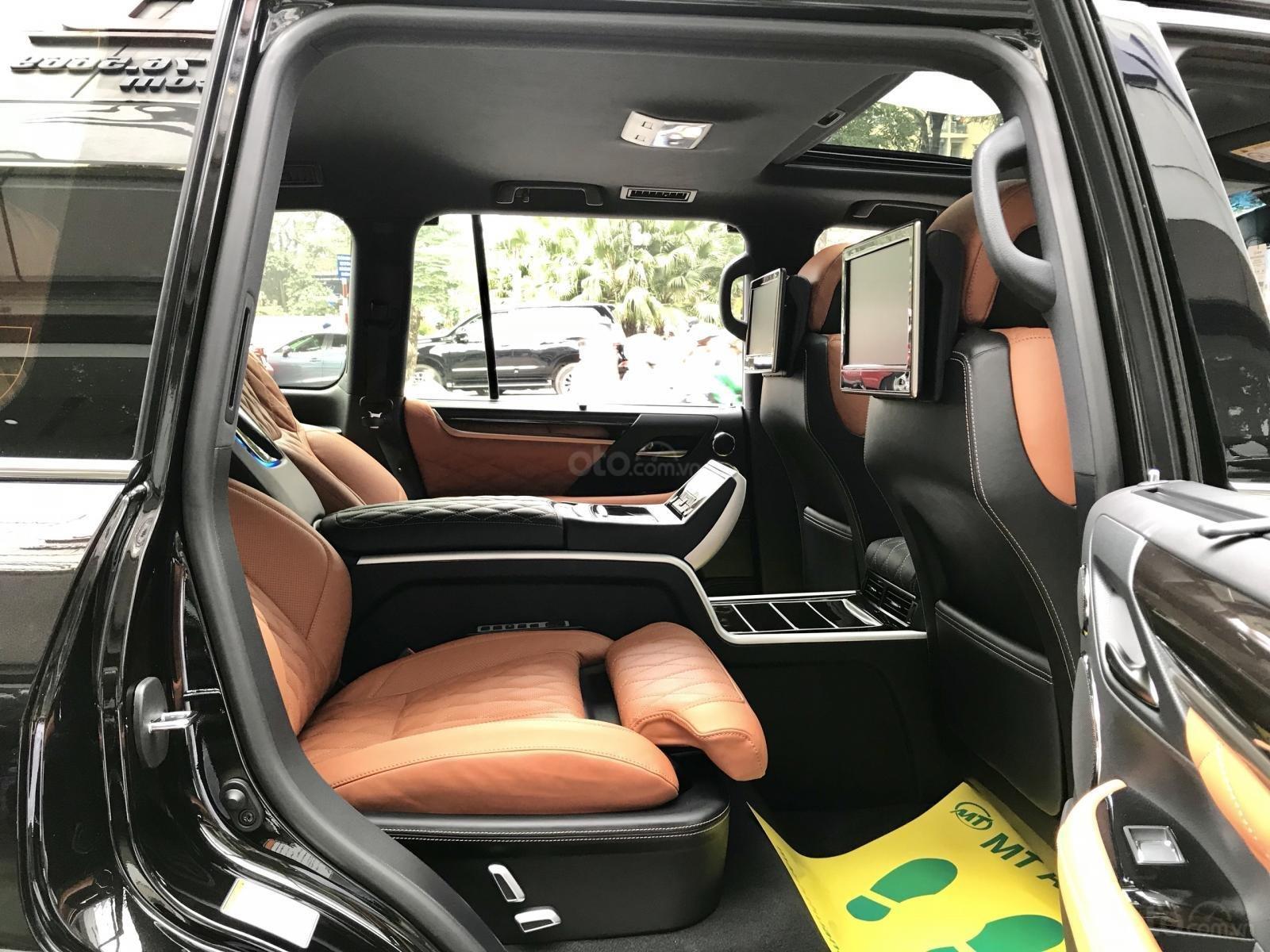 Bán xe Lexus LX 570S SuperSport MBS 4 ghế model 2019, màu đen, nhập khẩu nguyên chiếc-5
