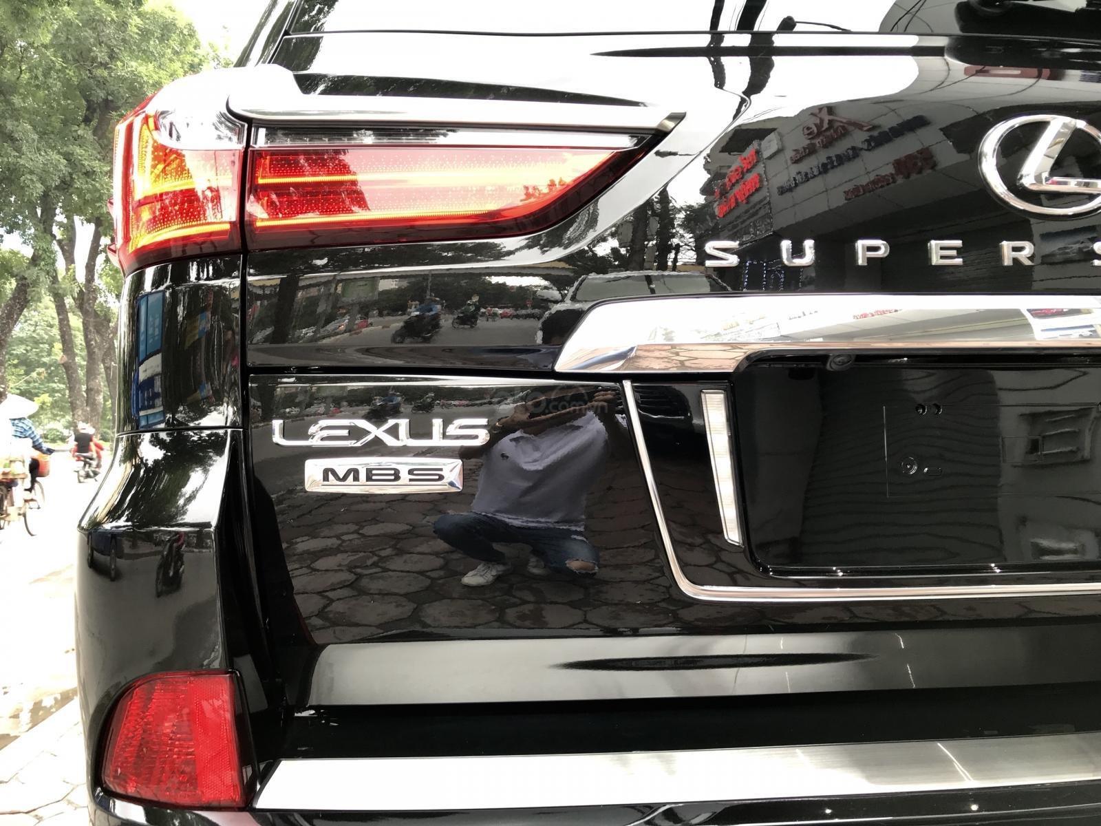 Bán xe Lexus LX 570S SuperSport MBS 4 ghế model 2019, màu đen, nhập khẩu nguyên chiếc-11