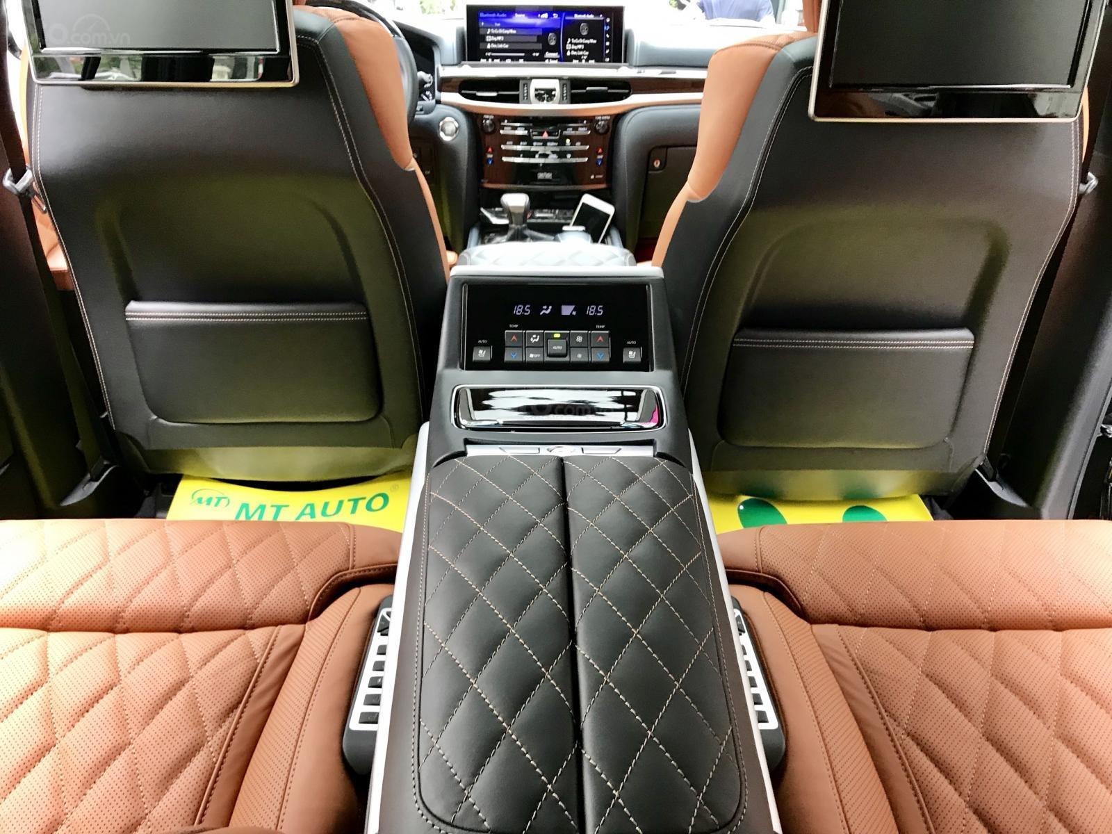 Bán xe Lexus LX 570S SuperSport MBS 4 ghế model 2019, màu đen, nhập khẩu nguyên chiếc-18