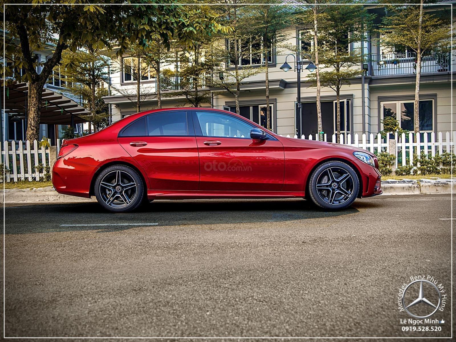 Mercedes-Benz C300 AMG Model 2020 - Ưu đãi đến 100% thuế trước bạ - hỗ trợ bank 80%, LH: 0919 528 520 (3)
