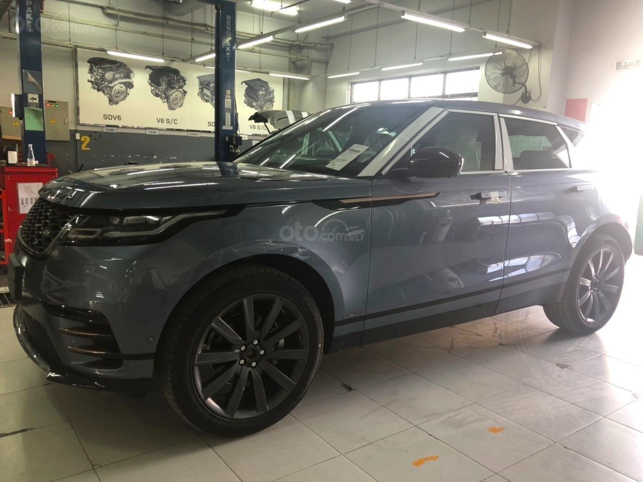 Bán xe Range Rover Velar Dynamic SE 2019 màu xanh, đỏ, đen, trắng màu đồng, bạc - xe giao ngay - 0932222253 (1)