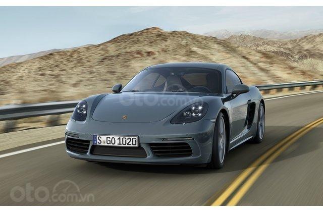 Porsche Cayman GTS 2019 màu xám