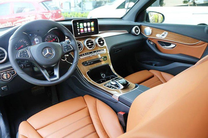Giá xe Mercedes GLC250 a65