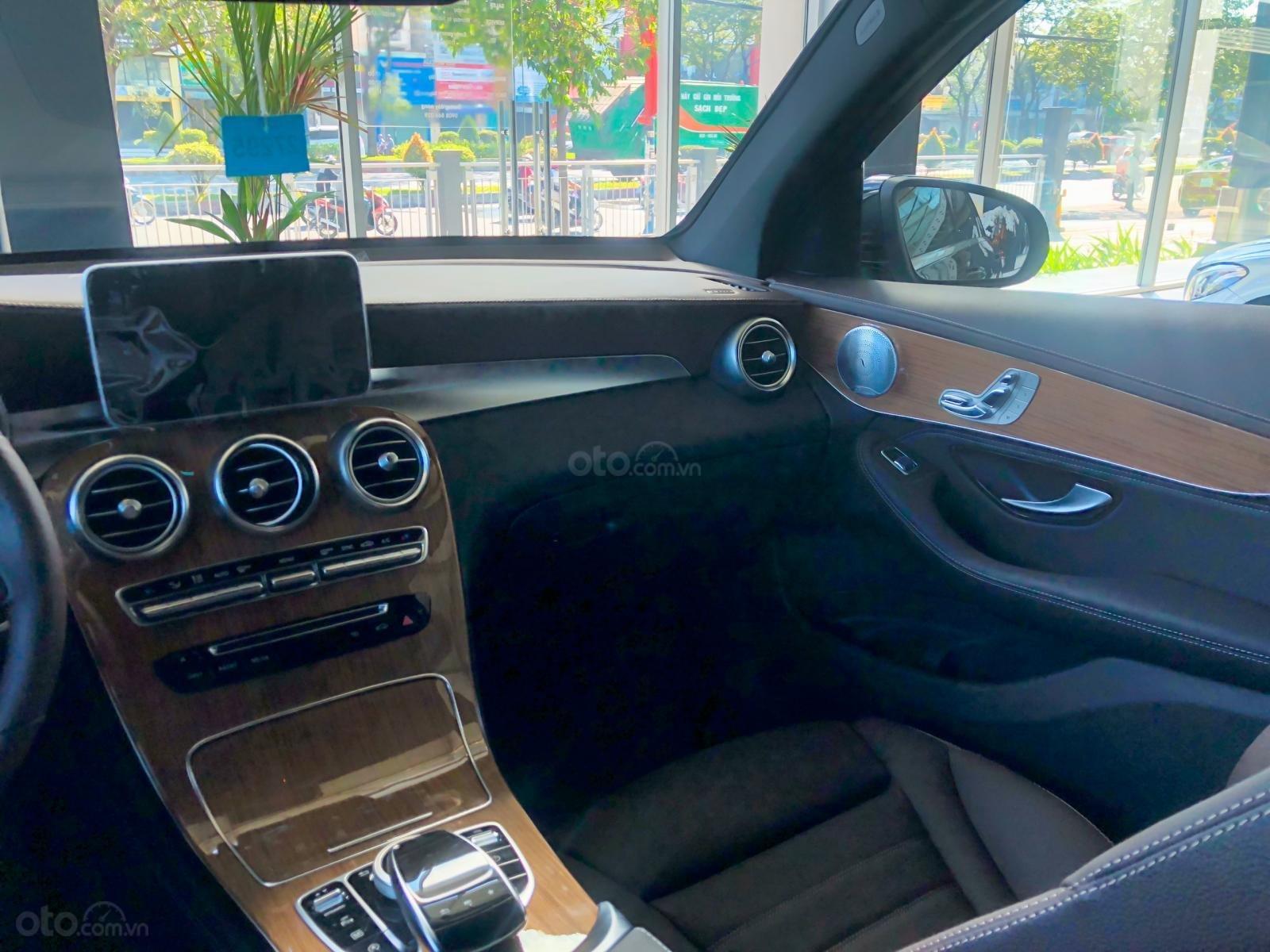 Bán xe Mercedes GLC250 tốt nhất hôm nay - Hỗ trợ trả góp lãi suất thấp - Giảm giá cực khủng - KM cực tốt-5