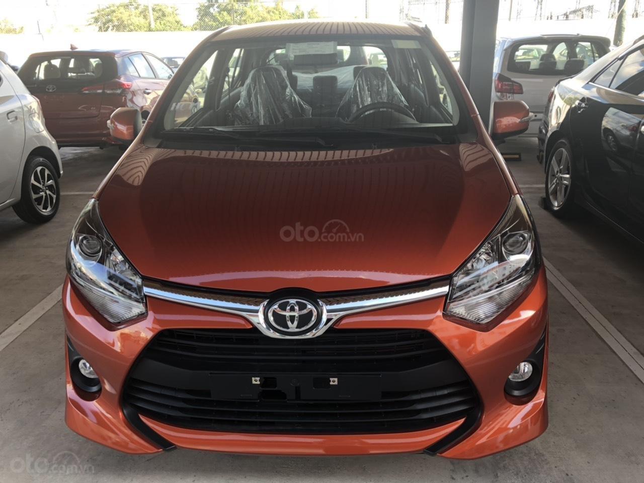 Bán xe Toyota Wigo 1.2 số sàn 2019, màu cam, nhập khẩu-0