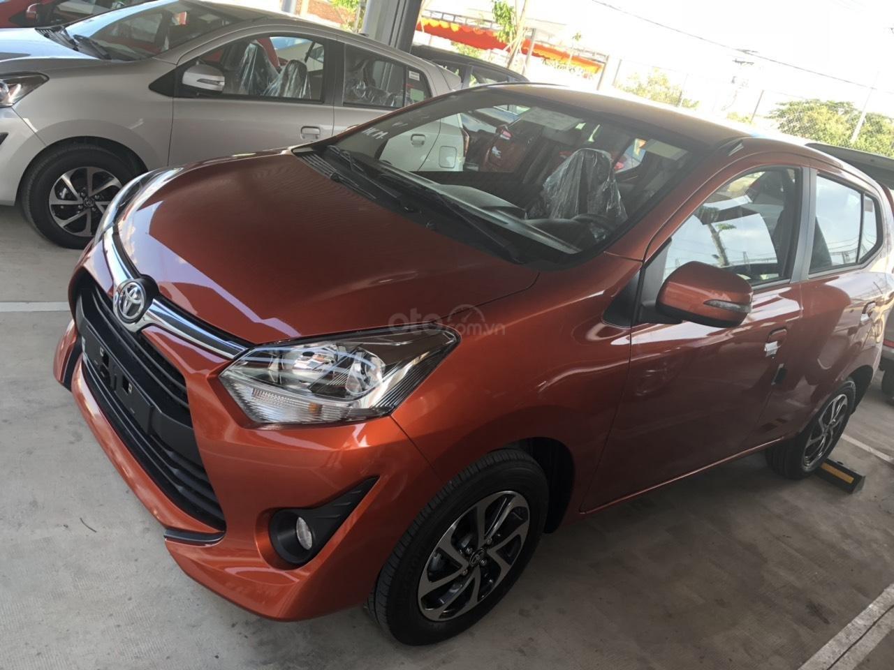 Bán xe Toyota Wigo 1.2 số sàn 2019, màu cam, nhập khẩu-1