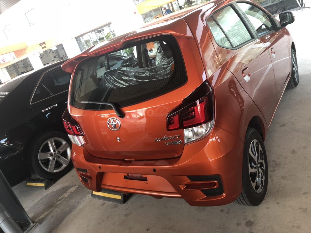 Bán xe Toyota Wigo 1.2 số sàn 2019, màu cam, nhập khẩu-4