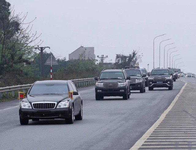 Mercedes-Benz S600 Pullman Guard hộ tống Kim Jong Un về Hà Nội 8