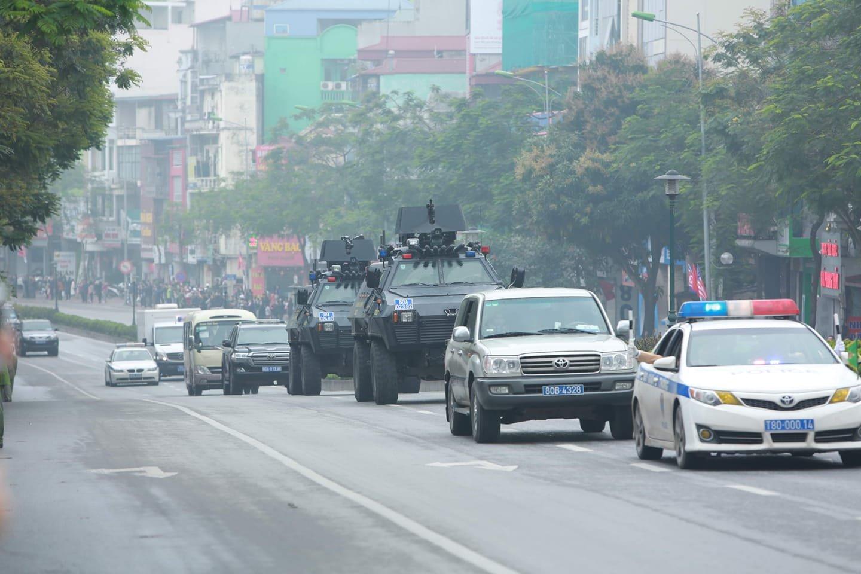 Mercedes-Benz S600 Pullman Guard hộ tống Kim Jong Un về Hà Nội 10