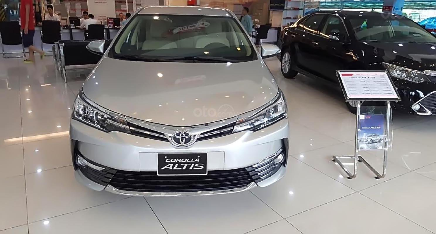 Thị trường ảm đạm, đại lý xuống giá Toyota Corolla Altis 2019 hơn 30 triệu đồng để kích cầu a4
