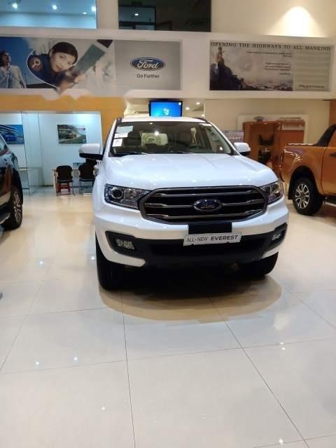 Bán Ford Everest Ambient sản xuất 2018, màu trắng, nhập khẩu nguyên chiếc, 999tr-3