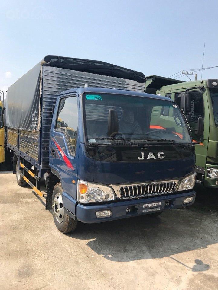 Bán xe Nhật máy Isuzu 2T4 thùng 4.4 mét lắp ráp nhà máy JAC khuyến mãi 20 triệu-0