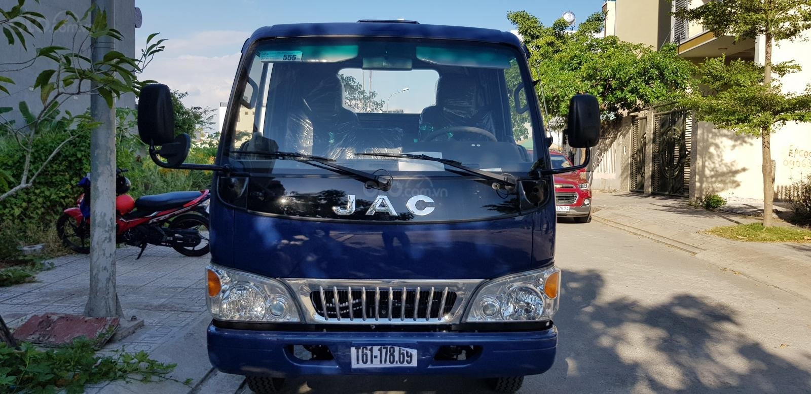 Bán xe Nhật máy Isuzu 2T4 thùng 4.4 mét lắp ráp nhà máy JAC khuyến mãi 20 triệu-1