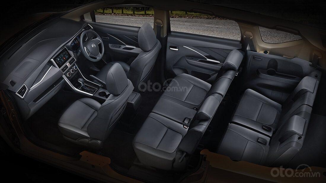 Ảnh chụp 3 hàng ghế xe Nissan Grand Livina 2020