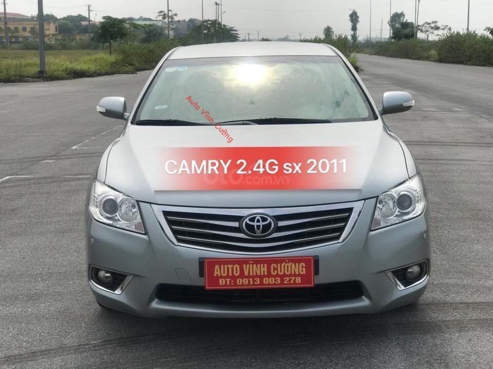 Cần bán xe Toyota Camry 2.4G đời 2011, màu ghi xám-0