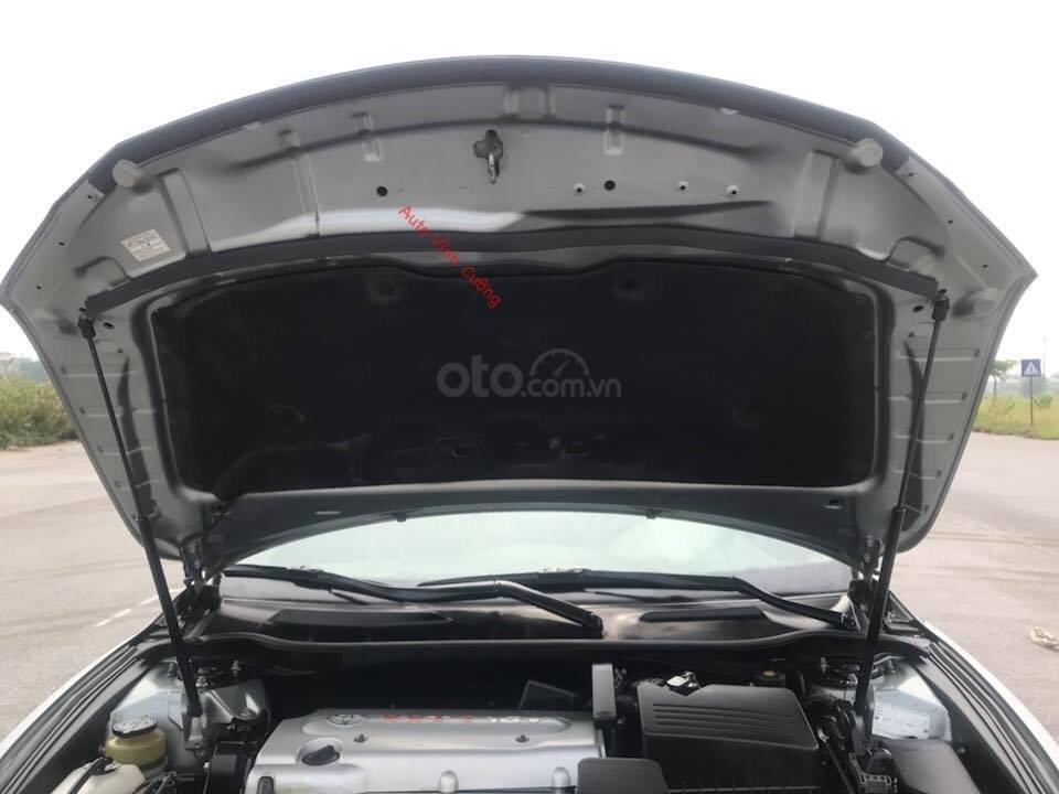 Cần bán xe Toyota Camry 2.4G đời 2011, màu ghi xám-1