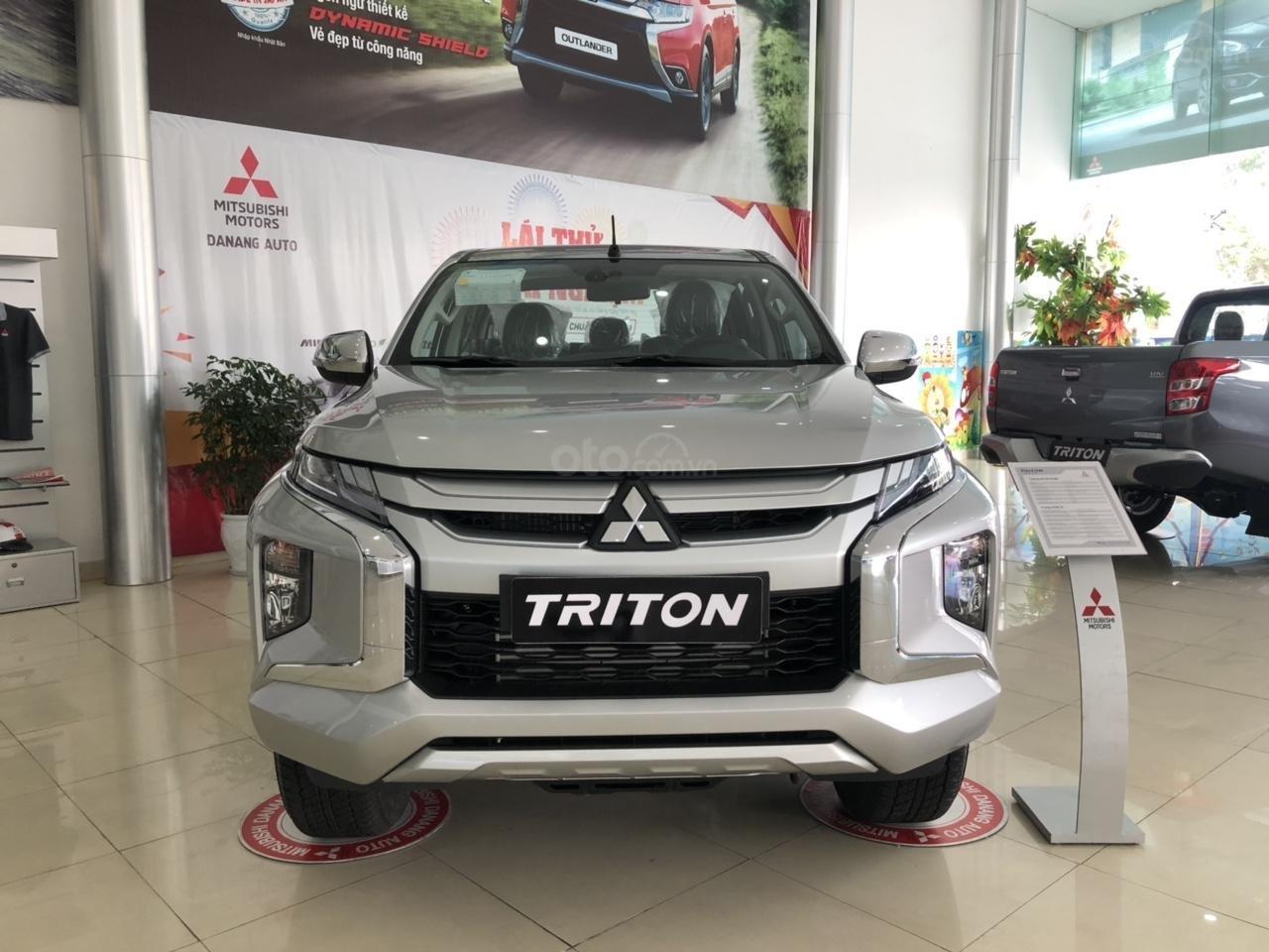 [Siêu hot] Mitsubishi Triton 2019, màu bạc, nhập khẩu Thái, đẳng cấp phân khúc, cho vay 80%. LH: 0905.91.01.99 (2)
