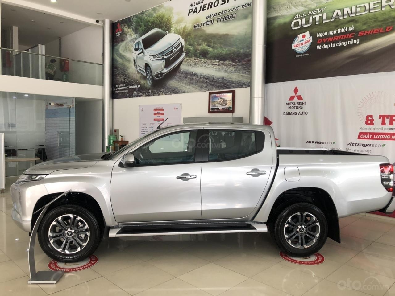 [Siêu hot] Mitsubishi Triton 2019, màu bạc, nhập khẩu Thái, đẳng cấp phân khúc, cho vay 80%. LH: 0905.91.01.99 (3)