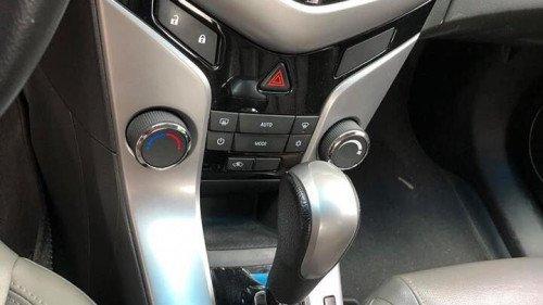 Bán ô tô Chevrolet Cruze đời 2014, giá 385tr (4)