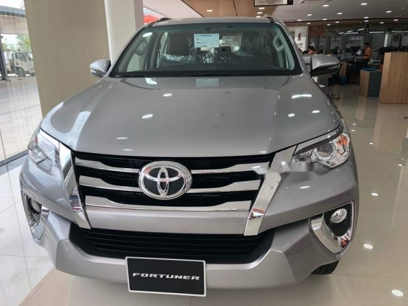Bán Toyota Fortuner 2.4G 2019, màu bạc, nhập khẩu  -0