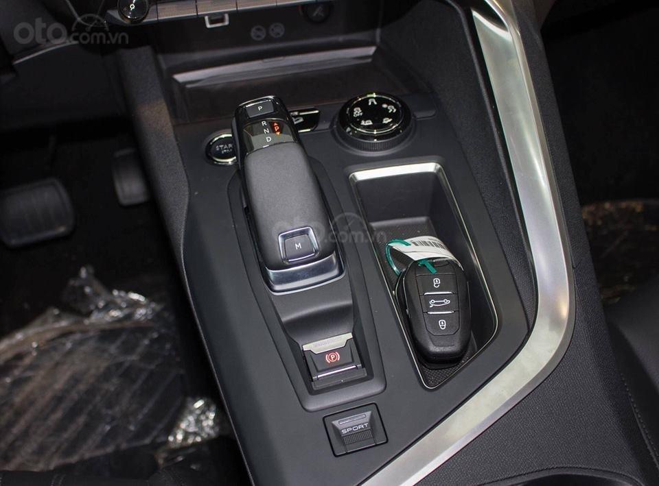 Peugeot 5008 - Giá tốt nhất trong năm - Quà tặng khủng chào hè-3