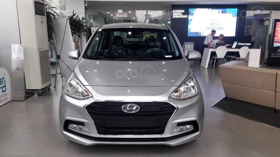 Bán Hyundai Grand i10 Sedan AT full, giao xe với 135tr (1)