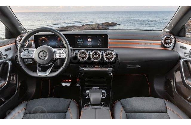 Cận cảnh nội thất Mercedes-Benz CLA-Class 2020