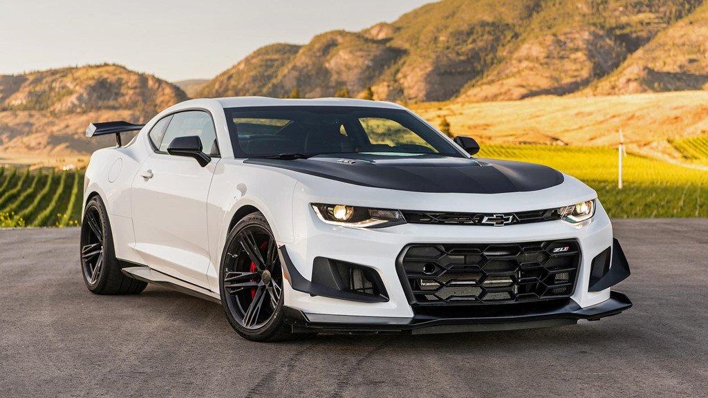 Động cơ V8 của VinFast LUX từng được trang bị trên những mẫu xe nào? a3