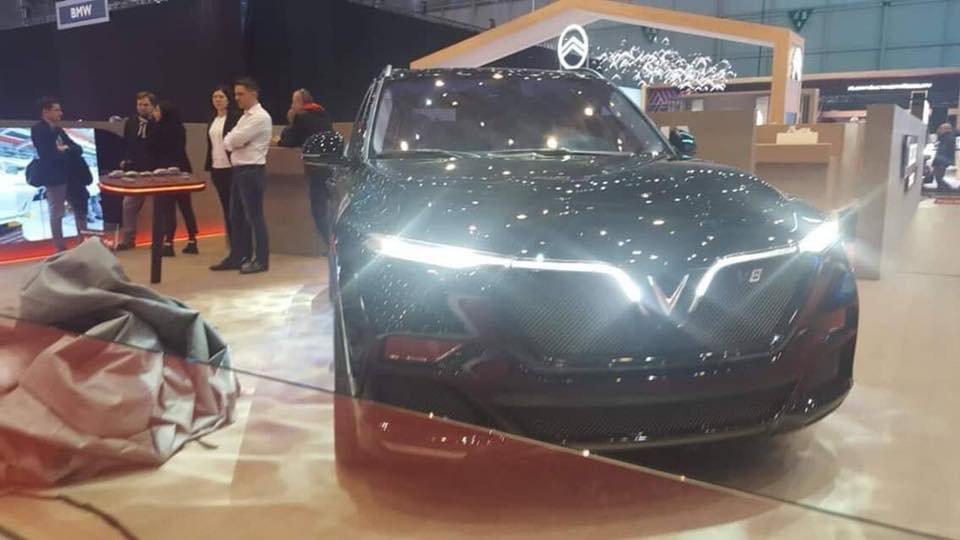 Xem nhanh VinFast LUX V8 mới tại Geneva Motor Show 2019 a1