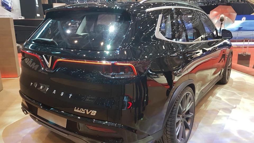Xem nhanh VinFast LUX V8 mới tại Geneva Motor Show 2019 a5
