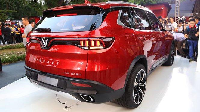 Xem nhanh VinFast LUX V8 mới tại Geneva Motor Show 2019 a6