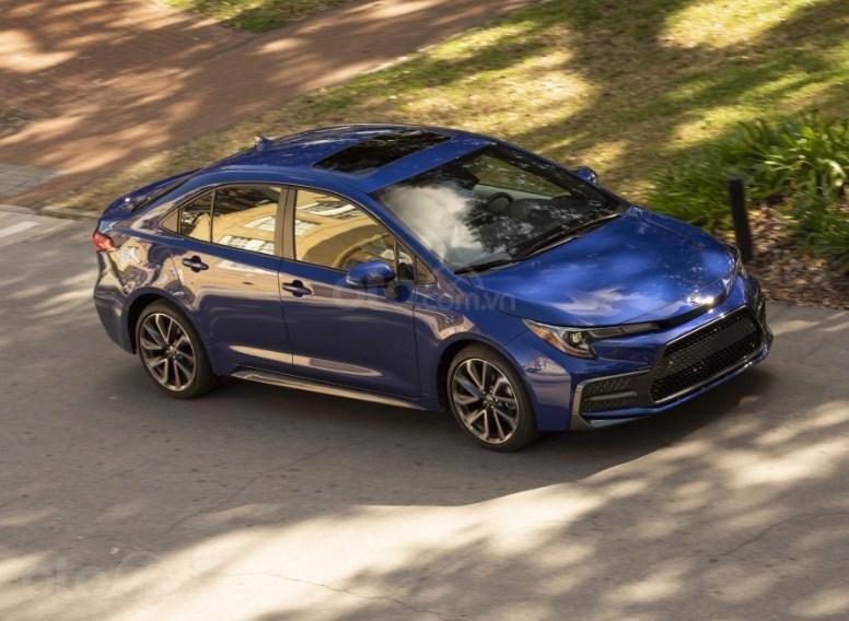 Đánh giá xe Toyota Corolla 2020 sedan 2