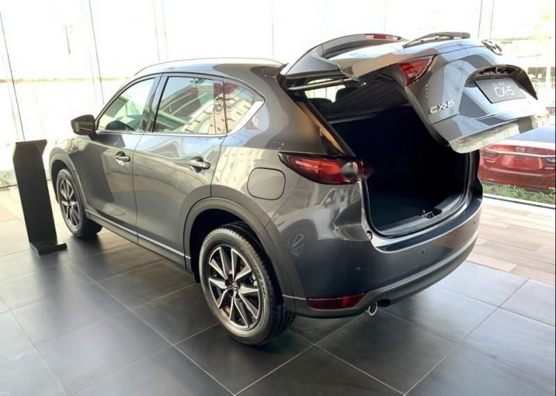 Bán Mazda CX 5 2019, màu xám, 899tr-2