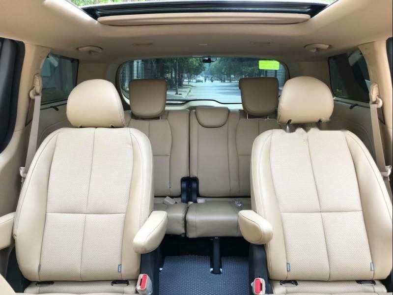 Cần bán gấp Kia Sedona đời 2008, màu trắng, xe nhập còn mới (5)