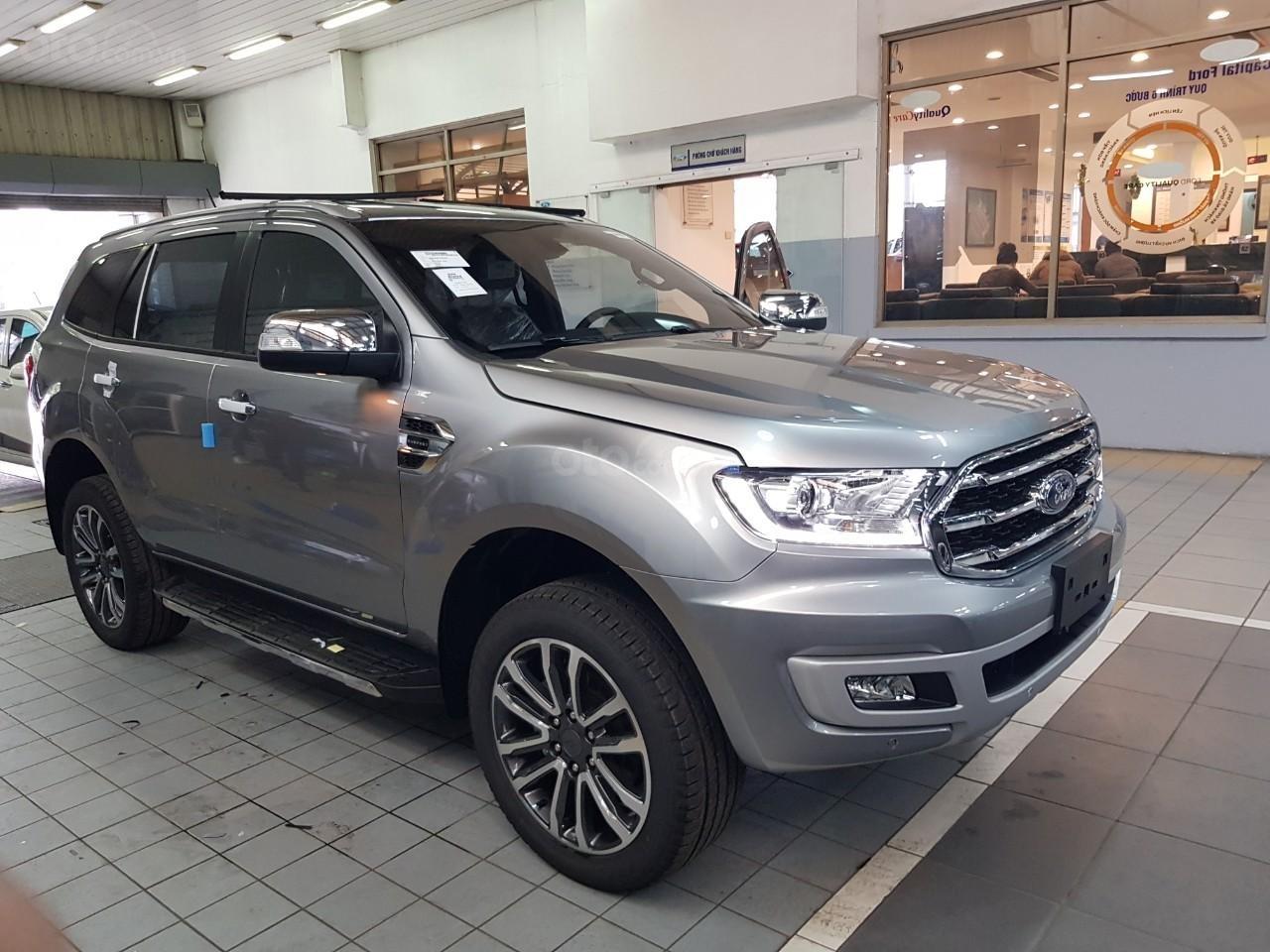 Ford Everest Titanium - KM 90 triệu tiền mặt, đủ màu giao ngay chỉ với từ 200 triệu Mr Trung: 0967664648 (1)