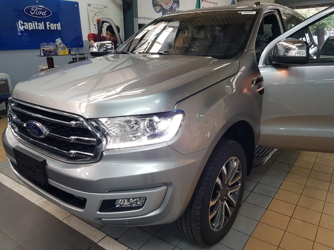 Ford Everest Titanium - KM 90 triệu tiền mặt, đủ màu giao ngay chỉ với từ 200 triệu Mr Trung: 0967664648 (3)