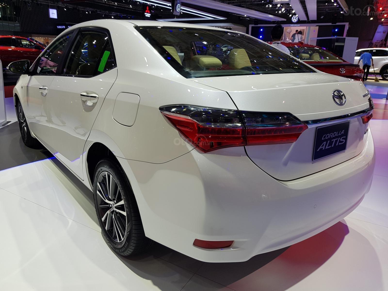 Bán Toyota Corolla Altis 1.8 G CVT 2019 - 761 triệu và 40 triệu thuế trước bạ. Liên hệ 0902750051 (5)