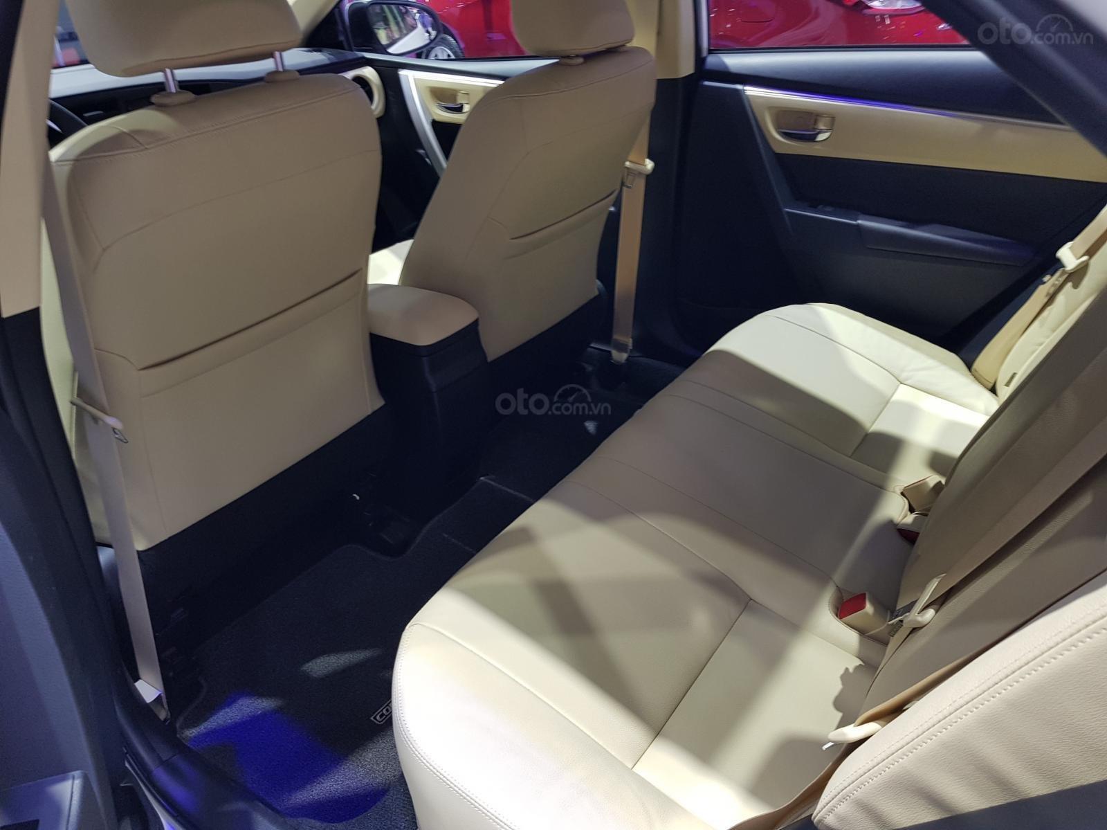 Bán Toyota Corolla Altis 1.8 G CVT 2019 - 751 triệu và gói quà tặng theo xe - Liên hệ 0902750051-6