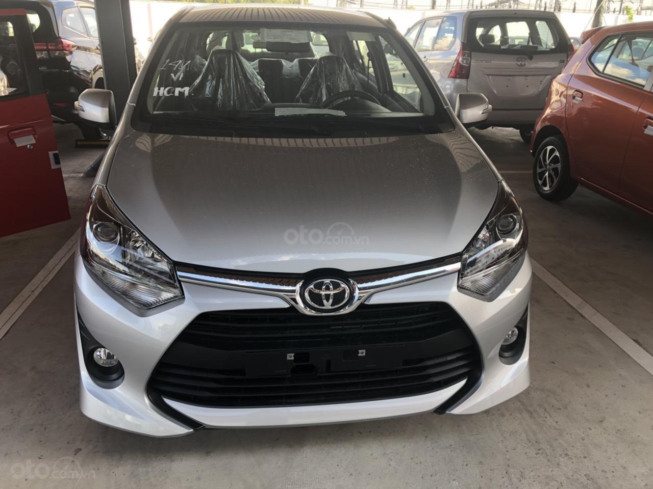 Bán Toyota Wigo 1.2MT đời 2019, màu bạc - khuyến mãi thuế trước bạ 15tr-0