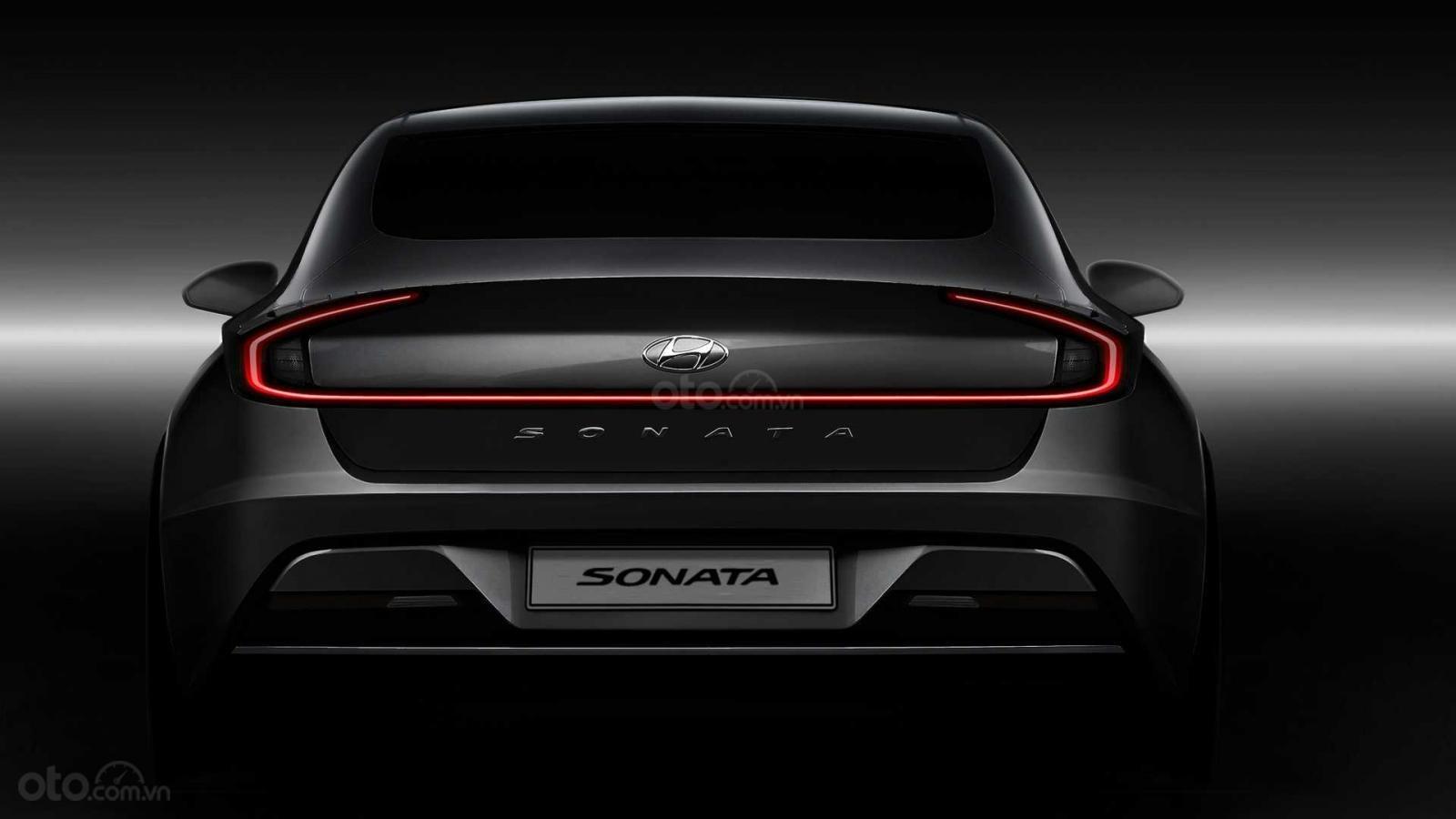 Ảnh đuôi xe Hyundai Sonata 2020