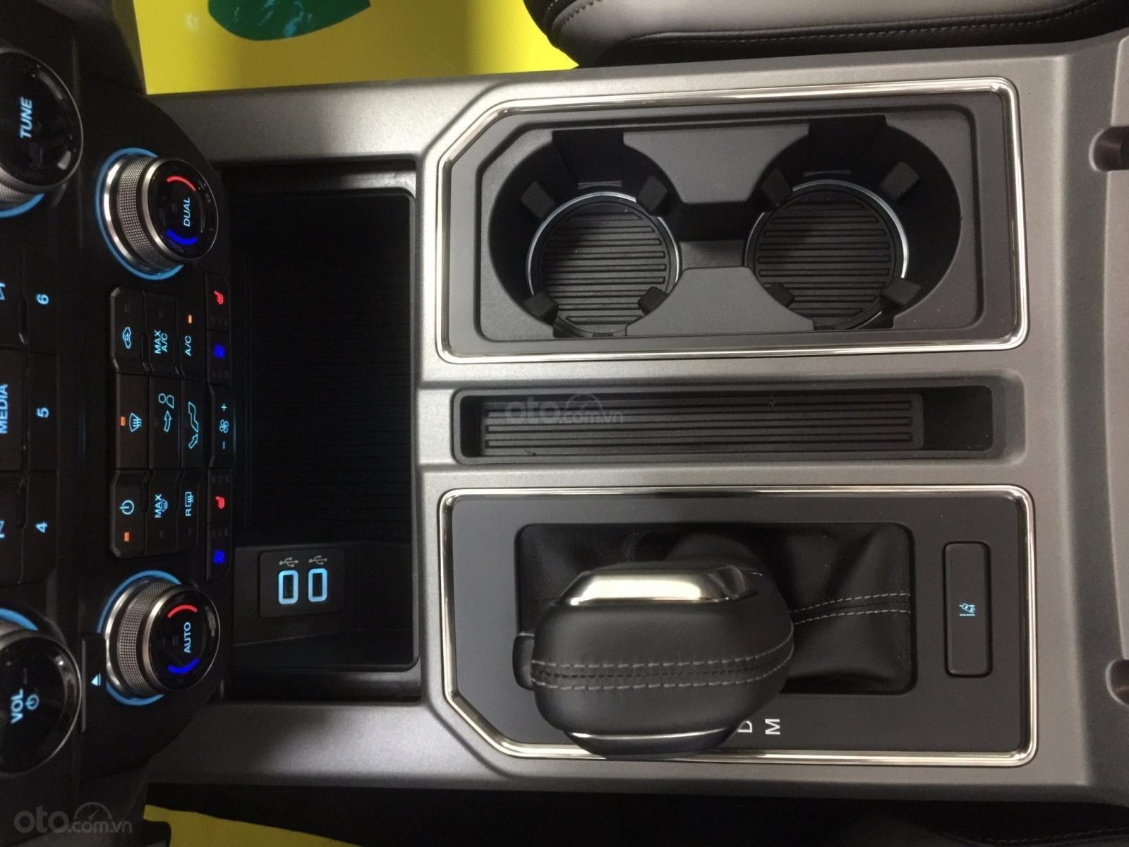 Bán siêu bán tải Ford F150 Raptor 2020, LH Ms Hương giá tốt giao ngay toàn quốc (19)