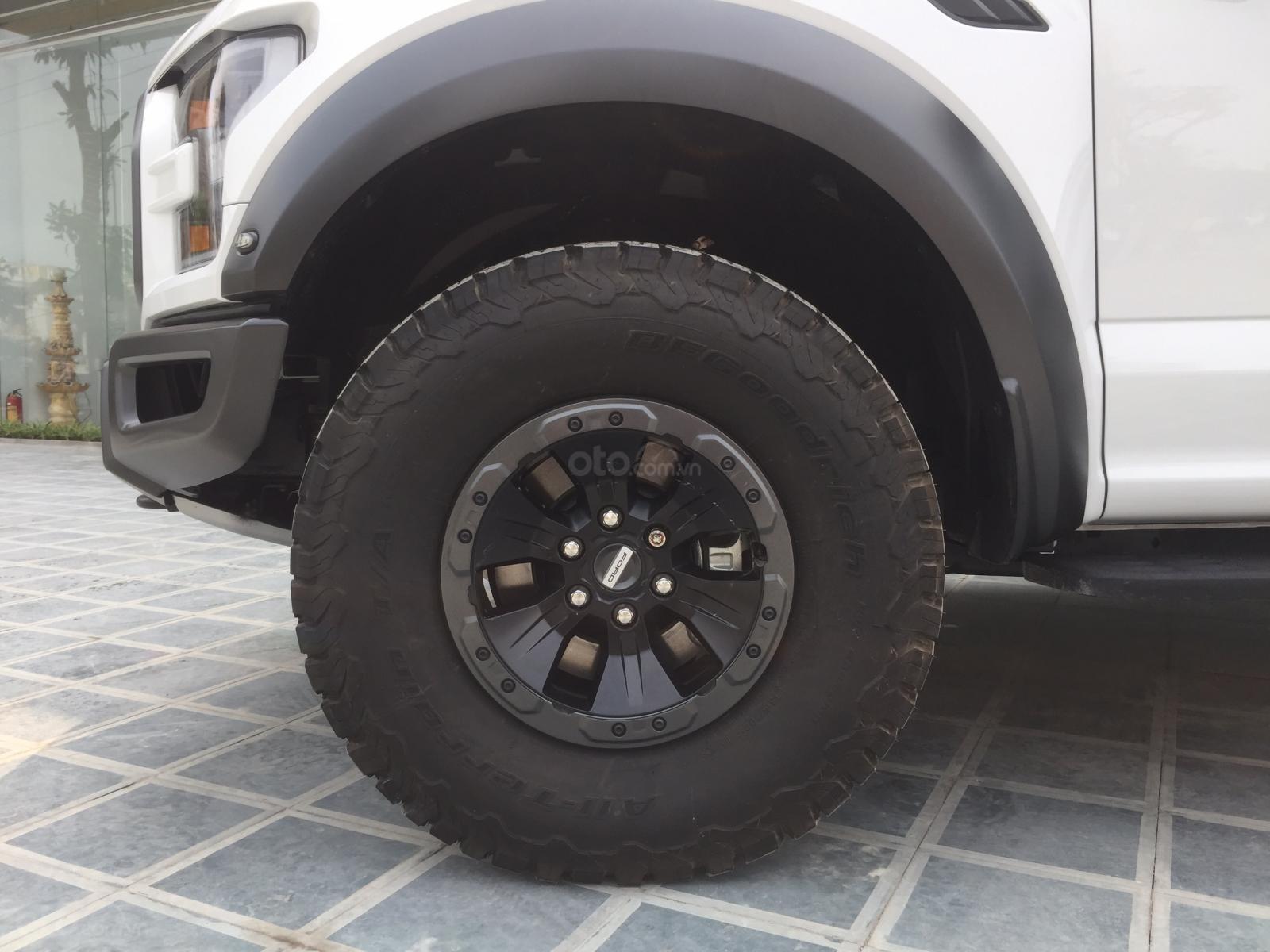 Bán siêu bán tải Ford F150 Raptor sản xuất 2020, LH Ms Hương giá tốt, giao ngay toàn quốc (14)