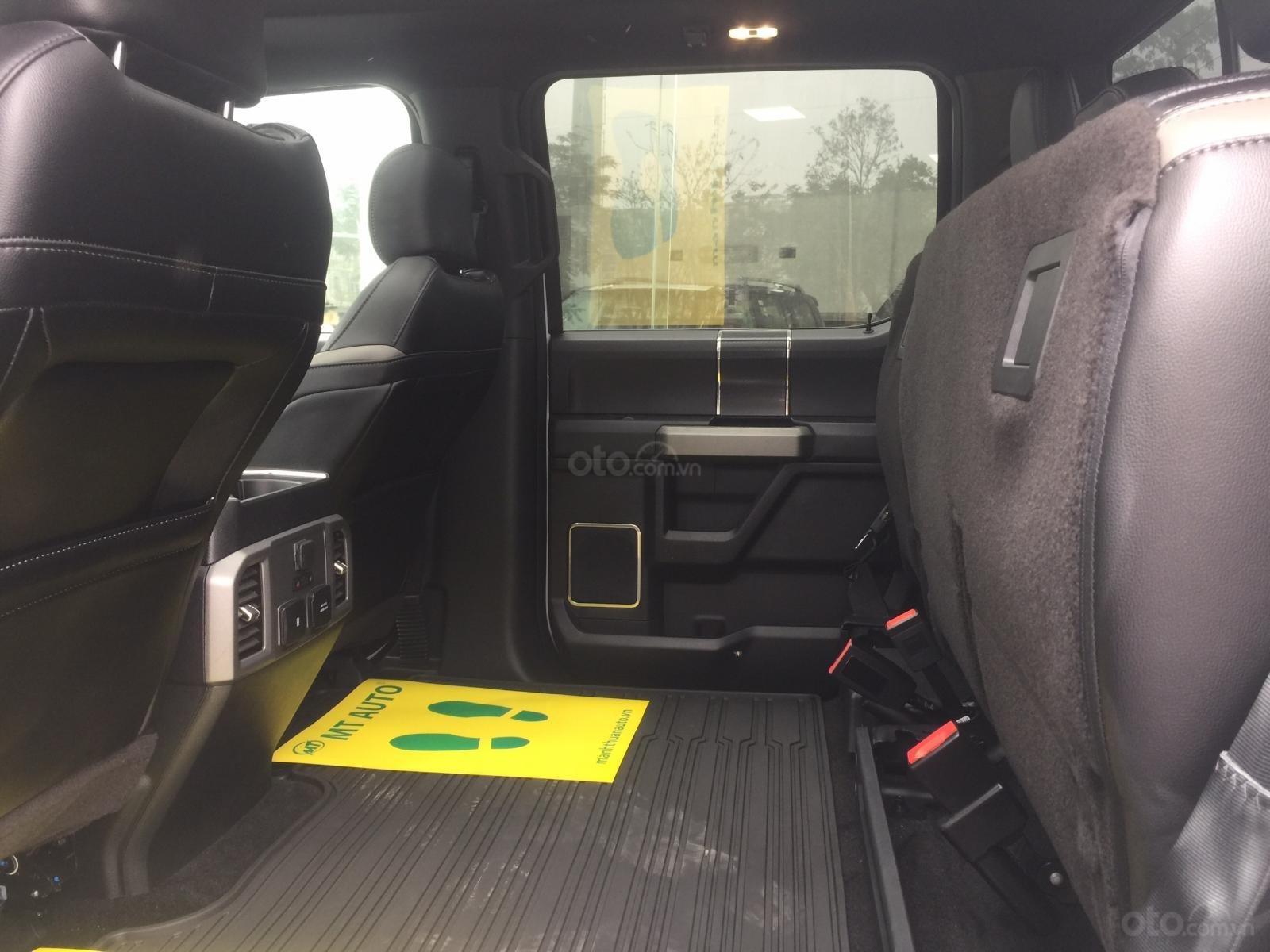 Bán siêu bán tải Ford F150 Raptor sản xuất 2020, LH Ms Hương giá tốt, giao ngay toàn quốc (18)