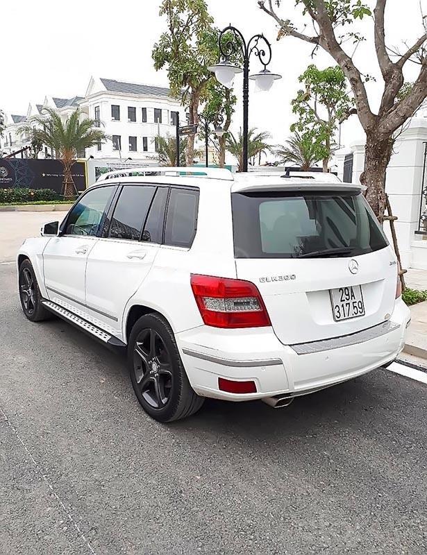 Bán Mercedes GLK300 đời 2010, màu trắng, xe nhập   (2)