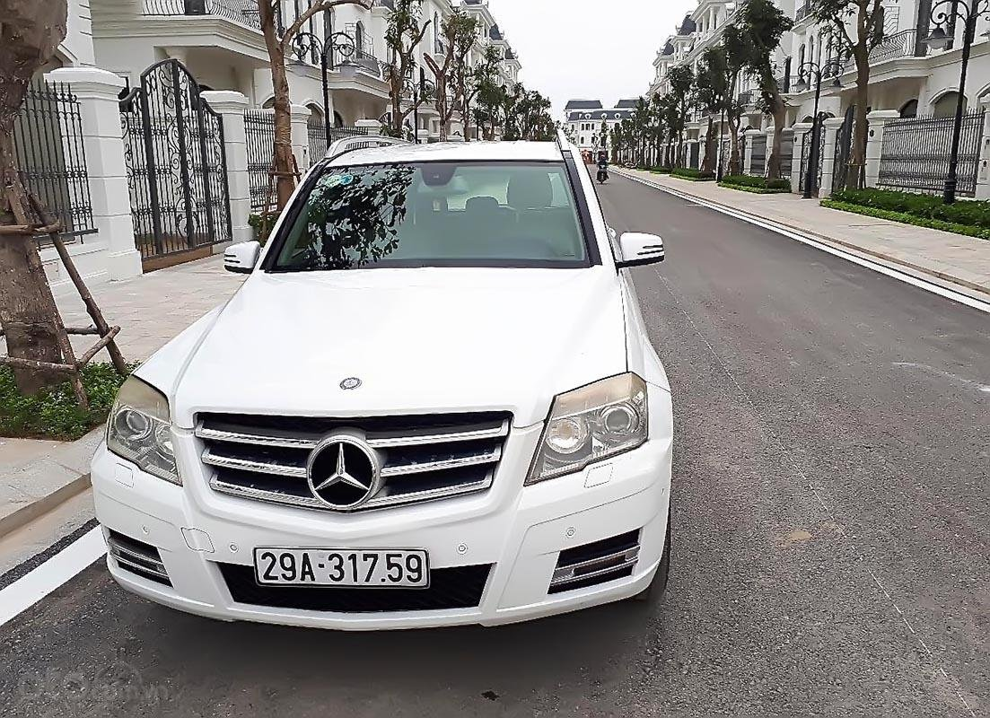 Bán Mercedes GLK300 đời 2010, màu trắng, xe nhập   (1)