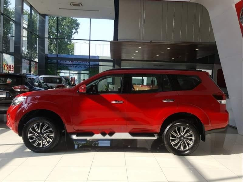 Bán xe Nissan Terra AT sản xuất năm 2018, màu đỏ, nhập khẩu nguyên chiếc-1