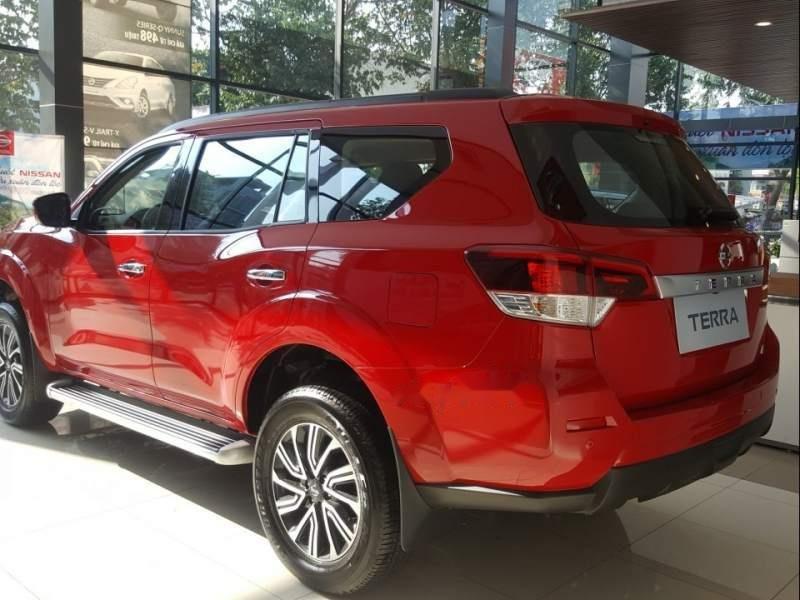 Bán xe Nissan Terra AT sản xuất năm 2018, màu đỏ, nhập khẩu nguyên chiếc-2