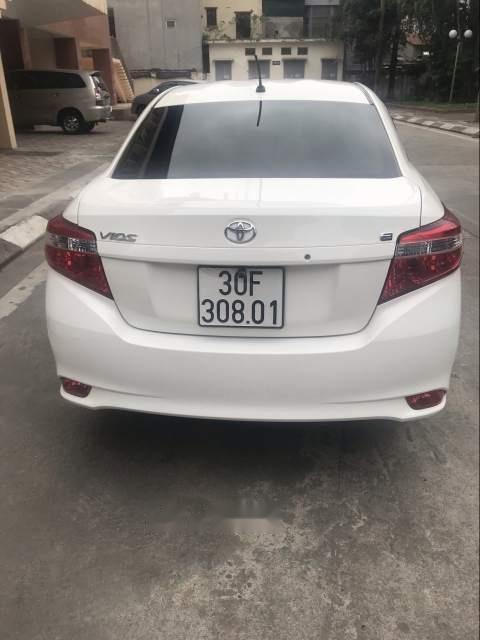 Bán xe Toyota Vios E CVT 2017, màu trắng, số tự động -0