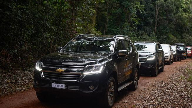So sánh xe Chevrolet Trailblazer 2019 và Nissan Terra 2019 3