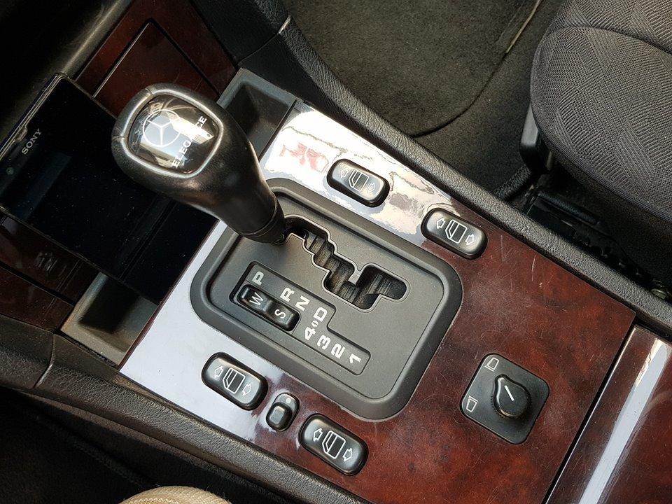 Cần gạt của Mercedes-Benz C230 W202 1997